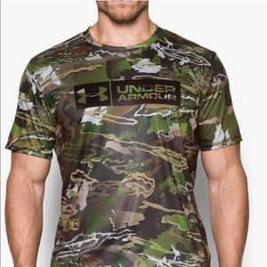 Under Armour Forest Camo Heatgear Loose Shirt